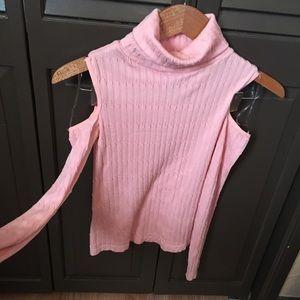 Girls peephole shoulder long sleeve shirt